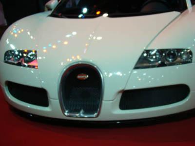 บูกัตติ เวย์รอน (Bugatti Veyron)