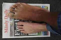 ขนาดเท้าของนายอิโกร่าทเียบกับเท้าคนทั่วไป