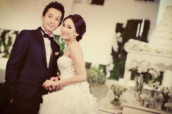 http://hilightad.kapook.comhttp://hilight.kapook.com/img_cms2/news_6/Wedding_AimPong_027.jpg