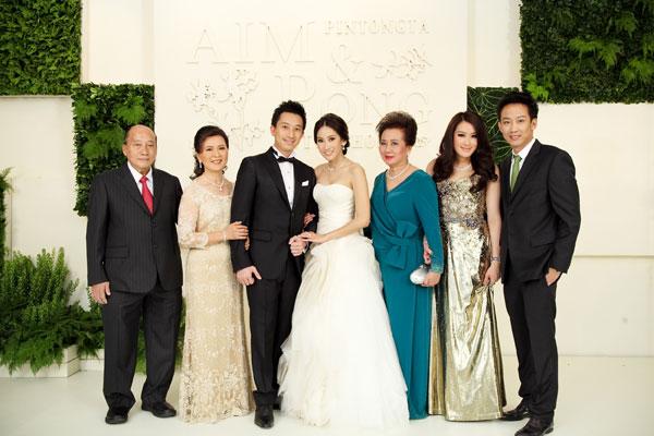 http://hilightad.kapook.comhttp://hilight.kapook.com/img_cms2/news_6/Wedding_AimPong_028.jpg