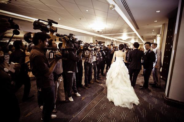 http://hilightad.kapook.comhttp://hilight.kapook.com/img_cms2/news_6/Wedding_AimPong_035.jpg