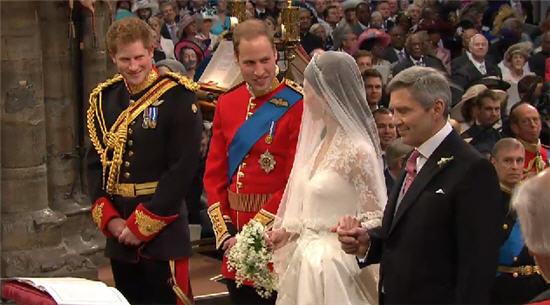 เกาะติด เจ้าชายวิลเลี่ยม แต่งงาน เคท มิดเดิลตัน