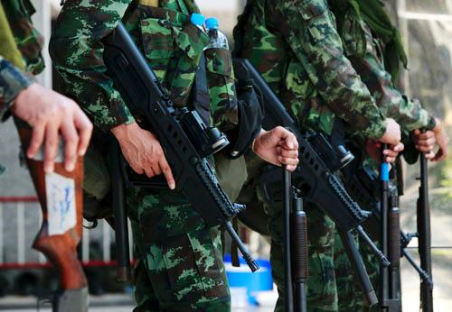 แสนยานุภาพกองทัพไทย - กัมพูชา
