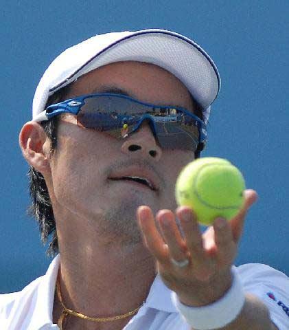 ปิ๊ก ดนัย อุดมโชค รับเหรียญทองเทนนิสชาย ซีเกมส์ครั้งที่ 25