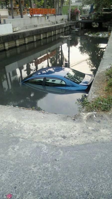 แฉสนั่น ! ฝากรถไว้ที่พริตตี้ แต่ถูกเอาไปขับจนตกคลอง งานแถมาเต็ม