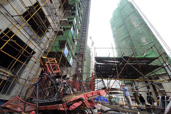 ลิฟต์ก่อสร้างจีนร่วงจากชั้น 34 คนงานดับ 19