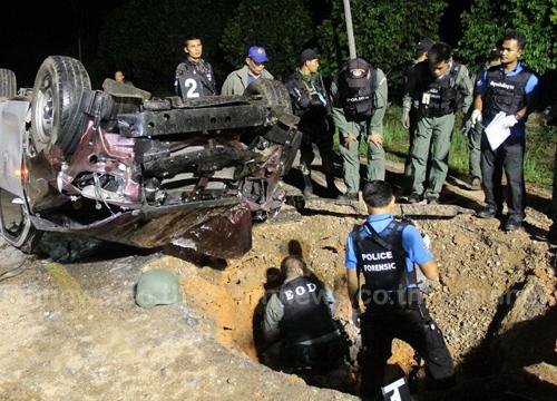 ข่าวภาคใต้ ระเบิดยะลา รถตำรวจลาดตระเวน รอง สวป.สภ.กรงปินัง ดับ 1
