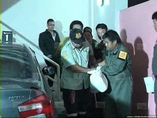 ฆ่าชิงทรัพย์ แทงคอ สาวจากลานจอดรถ ศพยัด โรงแรมม่านรูด