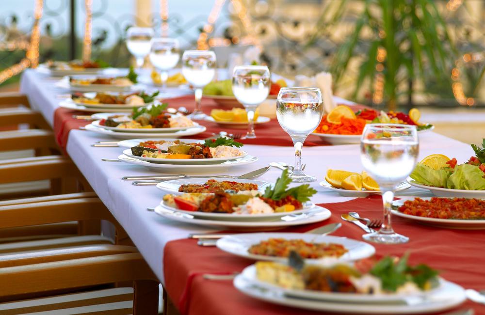 Image result for มารยาทในการรับประทานอาหาร