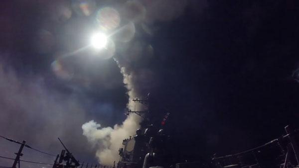 สหรัฐฯ ยิงมิสไซล์โทมาฮอร์ก 59 ลูกใส่ซีเรีย
