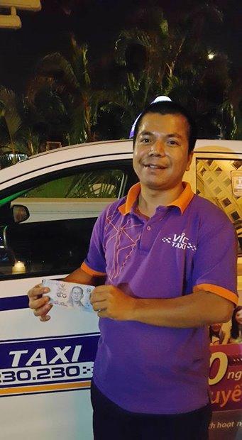 คนขับแท็กซี่เวียดนามขอเงินไทยจากผู้โดยสาร หวังเก็บไว้บูชา