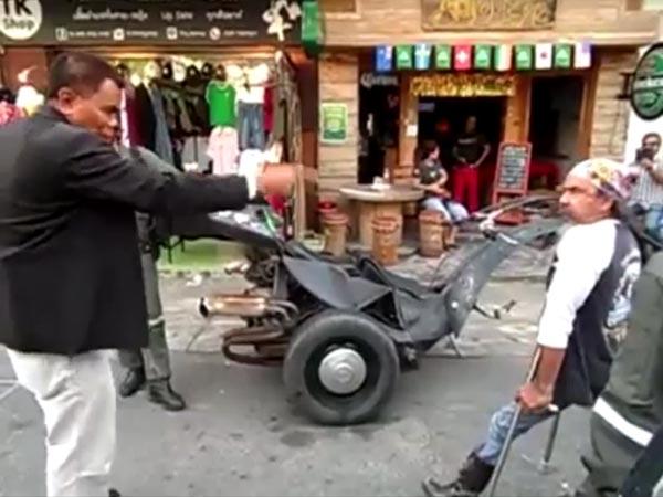 คลิปเทศกิจปะทะคารมคนพิการ