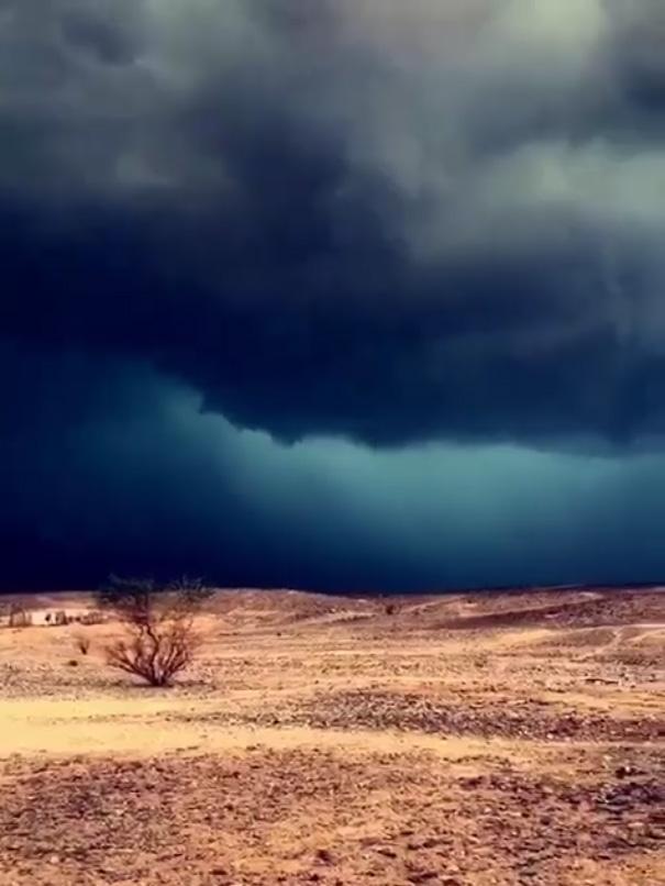 น้ำท่วมทะเลทรายซาอุดีอาระเบีย