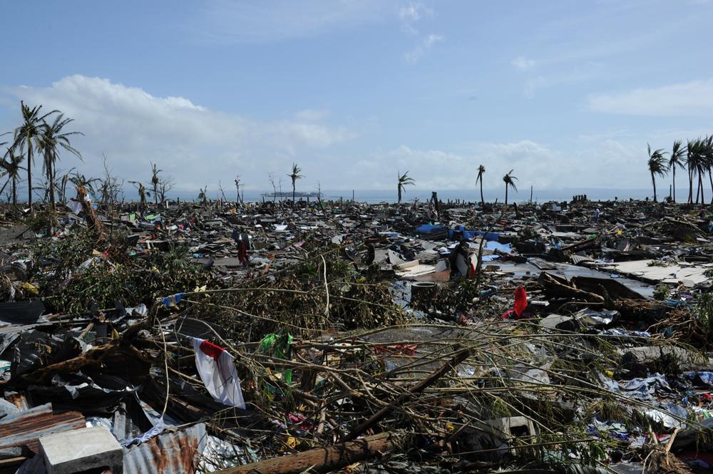 พายุไห่เยี่ยน ถล่มฟิลิปปินส์