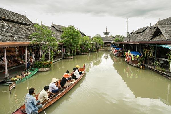 วันท้องถิ่นไทย