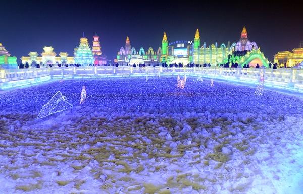 เทศกาลน้ำแข็ง