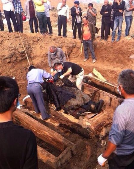 จีนขุดพบมัมมี่สมัยราชวงศ์ชิง นักโบราณคดีคาดเป็น..พขุนนางชั้นสูง
