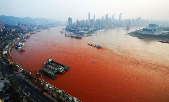 ผวา! วันสิ้นโลก แม่น้ำเป็นสีเลือด ตรงกับไบเบิล
