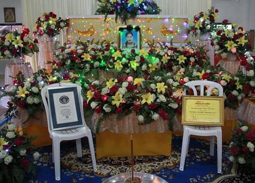 นำศพ น้องมาลี สวดอภิธรรมที่ตราด รวม 3 คืน แม่ยังเศร้า.. ทำใจไม่ได้