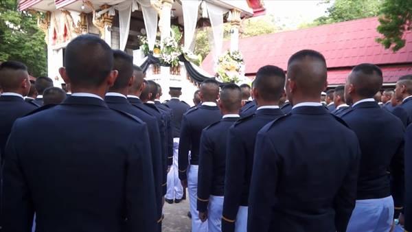 พ่อจี้โรงเรียนเตรียมทหาร