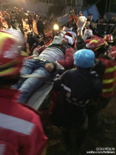 จีนพบผู้รอดชีวิตรายแรก เหตุดินถล่มเซินเจิ้น เร่งค้นหาอีกกว่า 70 ชีวิต height=640