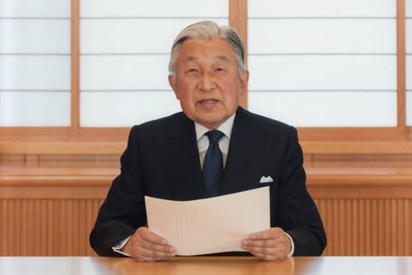 ชาวญี่ปุ่นใจหาย จักรพรรดิอะกิฮิโตะตรัสเป็นนัย เตรียมสละราชสมบัติ
