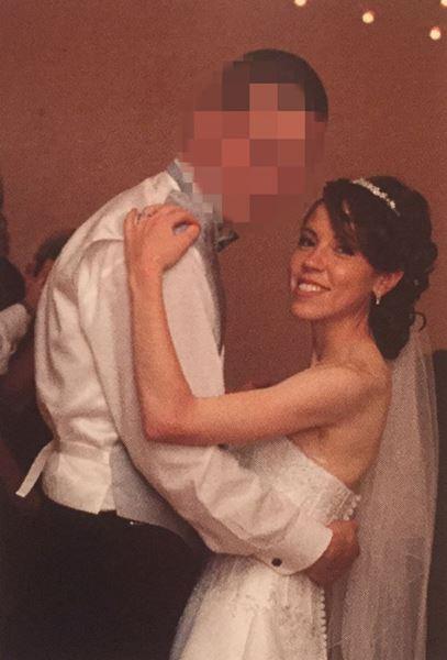 สาวตัดสินใจทิ้งชีวิตแต่งงาน เดินตามความต้องการ เปลี่ยนเป็นชายข้ามเพศหุ่นแซ่บ