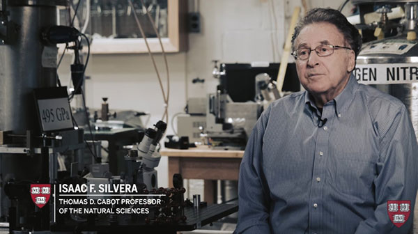 นักวิทยาศาสตร์ประสบความสำเร็จเปลี่ยนไฮโดรเจนเป็นโลหะ