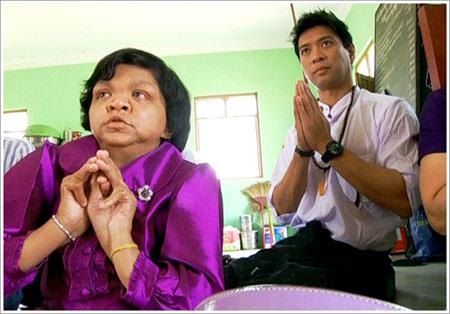 มารู้จักกับ หมอดูอีที จากประเทศพม่า ผู้หยั่งรู้อนาคต!