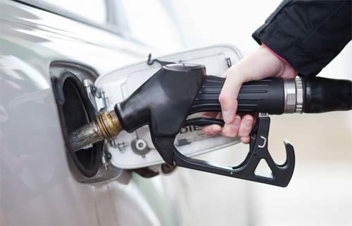 เทียบจะจะ! ราคาน้ำมันทั่วโลก คนไทยใช้น้ำมันแพงอันดับ 10 ของโลก