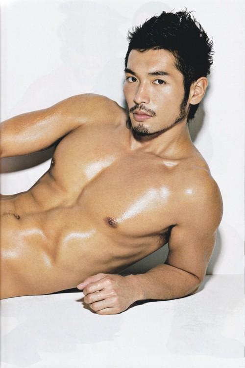 มาซากิ โกห์ พระเอกหนังโป๊เกย์ญี่ปุ่น เสียชีวิตแล้ว