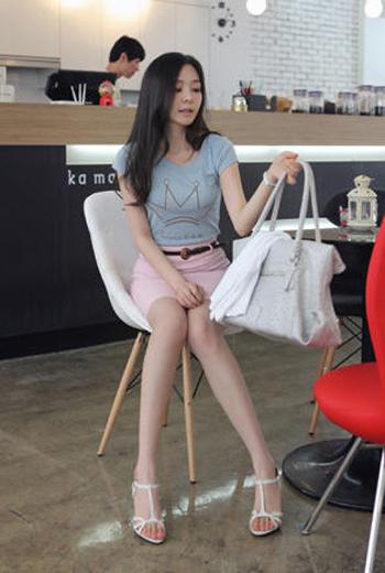 รองเท้าส้นสูงเกาหลี