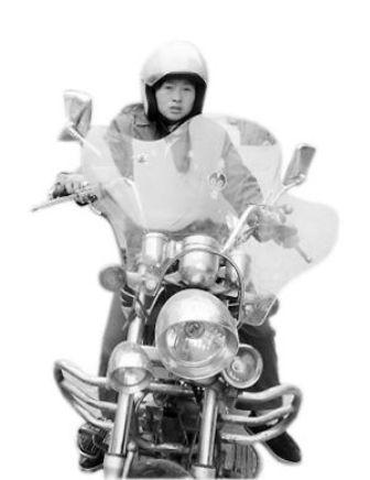 สุดยอดคุณแม่ ขับจักรยานยนต์ 6 วันเพื่อไปหาลูก Image-20110121-69h8arux05xv2ticdx0v_t570