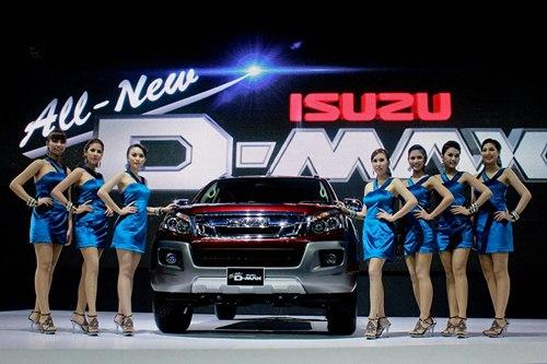 งานเปิดตัว isuzu 2012